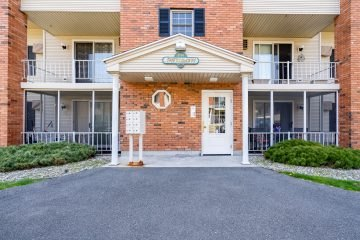 41 W. Summit St #63, South Hadley, MA 01075