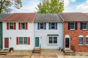 25 Tannery Rd, Westfield, MA 01085